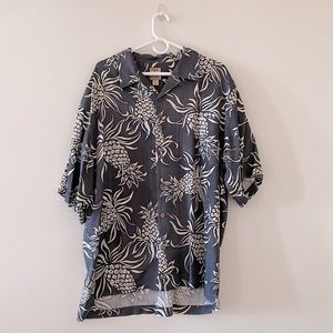 Tommy Bahama Button Down Dress shirt size XL